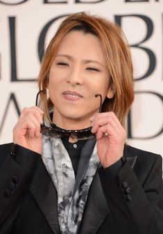 Yoshiki Photos - Musician Yoshiki arrives at the Annual Golden Globe Awards held at The Beverly Hilton Hotel on January 2013 in Beverly Hills, California. - smartwater At The Golden Globes Red Carpet