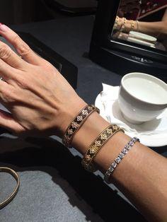 Geek Jewelry, Jewelry Watches, Jewelry Necklaces, Van Cleef And Arpels Jewelry, Van Cleef Arpels, Diamond Jewelry, Diamond Pendant, Diamond Rings, Antique Jewelry