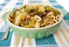 Cucina e fantasia.....: Mezzemaniche con verza, pancetta affumicata e scam...