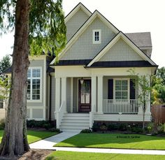 This is my dream home. I envy the person who owns this house. Bungalow House Plan with 2672 Square Feet and 4 Bedrooms from Dream Home Source Bungalow Homes, Cottage Homes, Cottage Style, Bungalow Exterior, Craftsman Exterior, Bungalow Cottage House Plans, Cottage Home Plans, Bungalow Bedroom, Bungalow Floor Plans