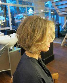 14.Bob-Hairstyle-with-Side-Bangs.jpg (500×615)
