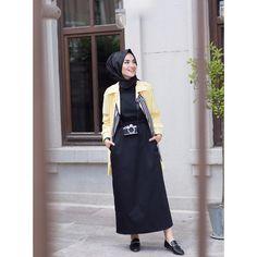 Siyah belden büzgülü siyah elbise gri ve mavi renk seçenekleri ile Detaylar dm veya Whatsapp 05321138995