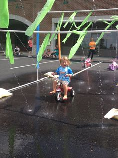 The trike wash at the Bday party!