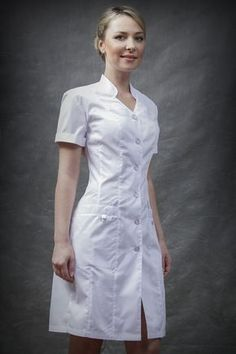 Uniforme lucy Scrubs Outfit, Scrubs Uniform, Medical Uniforms, Work Uniforms, Nylons, Simple Dresses, Casual Dresses, Dresses For Work, Uniform Dress