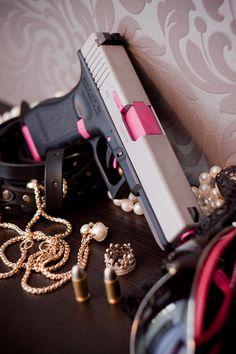 Duracoat LadyPink Glock 17 (airsoft)