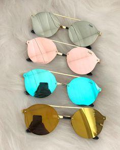 """818aeda17 LBA Sunglasses Boutique👓 on Instagram: """"Oculos SHAKE ( chegou reposição do  marrom e do preto tb!! Pouquissimas unidades dos coloridos) 💰R$99 COMPRAS  ..."""