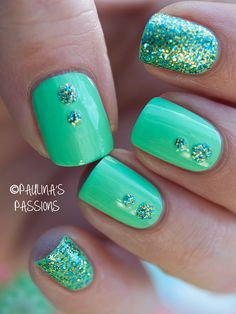 Inspiration on Pretty glitter mint nails by Angelica Sky. Check out more Nails on Bellashoot. Green Nail Art, Green Nails, Green Art, Gorgeous Nails, Love Nails, Mint Nails, Summery Nails, Uñas Fashion, Manicure E Pedicure