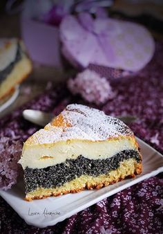 cu crema de branza si mac - Retete de Pasti Tart with cream cheese and poppy - final detailTart with cream cheese and poppy - final detail Romanian Food, Romanian Recipes, Good Food, Yummy Food, Pastry And Bakery, Dessert Recipes, Food And Drink, Cooking Recipes, Favorite Recipes