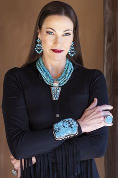"""Turquoise is arguably the """"Diamond of the West,"""" and when set in vintage silver or handcrafted by some of the world's. The stones that. Country Girls Outfits, Cowgirl Outfits, Chic Outfits, Cowgirl Clothing, Cowgirl Fashion, Turquoise Fashion, Turquoise Jewelry, Cowgirl Look, Gypsy Cowgirl"""