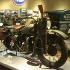 Old school Military bike Motorcycle Museum, Military Vehicles, Homesteading, Old School, Survival, Bike, Beautiful, Bicycle Kick, Bicycle