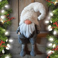 Nieuws– translation missing: nl. Crochet Christmas Decorations, Christmas Crochet Patterns, Christmas Knitting, Crochet Easter, Crochet Toys, Christmas Gnome, Christmas Crafts, Christmas Ornaments, Amigurumi Patterns