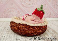 Crochet Baby Strawberry Hat
