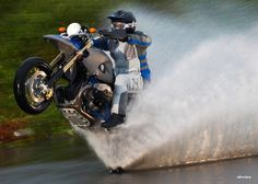 This is why I love BMW motorcycles... They are the most epic bikes out there <3