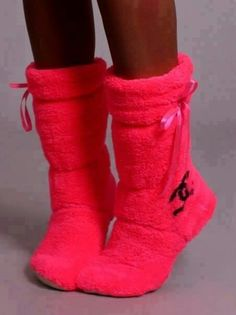 Chanel slippers #HotPink #CocoChanel #Bows