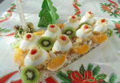 10 jól bevált receptötlet a karácsonyi hidegtálra Meat Recipes, Pineapple, Bacon, Fruit, Desserts, Food, Christmas, Tailgate Desserts, Deserts