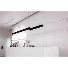Line Light 60 Linear Pendant Light by Matthew McCormick Studio Linear Pendant Lighting, Dining Lighting, Lighting Store, Pendant Lights, Modern Lighting Design, Custom Lighting, Modern Design, Illumination Art, Oak And Fort