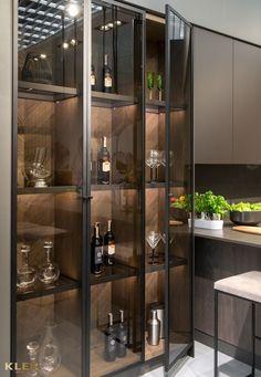 Barn Kitchen, Kitchen Room Design, Home Room Design, Glass Kitchen, Modern Kitchen Design, Home Decor Kitchen, Modern Interior Design, Kitchen Interior, Home Wet Bar