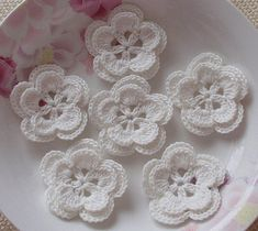 These Crochet flowers made with cotton yarn, Flower size layers) in 2 inches.Flower colors in off whiteYou can sew this crochet flowers on to dress, Jacket, sweater. Crochet Puff Flower, Crochet Lace Edging, Crochet Leaves, Crochet Flower Patterns, Crochet Flowers, Crochet Hooks, Yarn Flowers, Colorful Flowers, Flower Colors