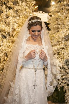 Casamento Clássico | Recidia e Juliano | Noiva de Evasê | Blog de Casamento Wedding Pics, Lace Wedding, Dream Wedding, Couture, Big Day, Bridal Dresses, Dressing, Mississippi, Instagram