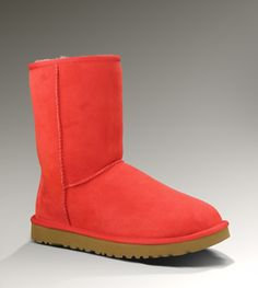 UGG® Classic Short for Women | Short Sheepskin Boots at UGGAustralia.com