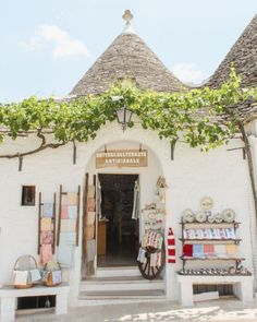 Weekend Guide to Puglia. Alberobello