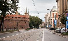 (#14) ul. Basztowa, widoczny Barbakan | Dawno temu w Krakowie - archiwalne i aktualne zdjęcia Krakowa