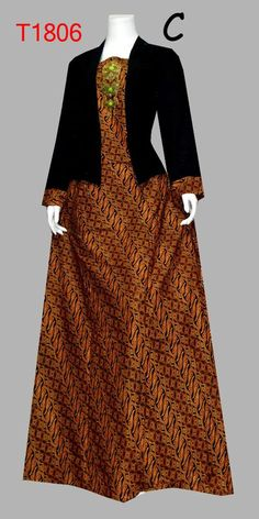 48 Ideas Dress Hijab Motif For 2019 Batik Long Dress, Model Dress Batik, Muslim Fashion, Hijab Fashion, Women's Fashion, Batik Muslim, Dress Brokat, Batik Kebaya, Batik Fashion