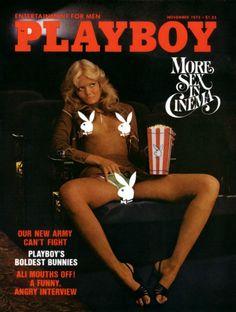 Así celebró la Navidad de 1999 'Playboy'. Con esta espectacular portada de Naomi Campbell, entonces una de las grandes estrellas de las pasarelas. (Foto de Playboy). | Adiós a los desnudos en'Playboy': repasamos las portadas más polémicas de su historia - Yahoo Noticias