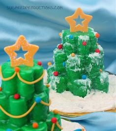 Christmas Tree Mini Cakes | SugaredProductions