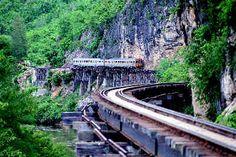 Train from Bangkok to Chiang mai