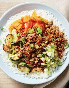 Fun and easy pork recipe with pan-seared veggies and jasmine rice Pork Recipes, Asian Recipes, Gourmet Recipes, New Recipes, Healthy Recipes, Ethnic Recipes, Asian Foods, Hello Fresh Recipes, Jasmine Rice