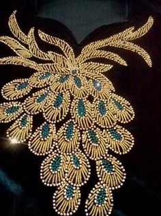 Pearl Embroidery, Tambour Embroidery, Couture Embroidery, Silk Ribbon Embroidery, Beaded Embroidery, Embroidery Stitches, Embroidery Patterns, Creation Couture, Gold Work