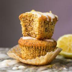 (2g net carb!) Gluten Free, Paleo & Keto Lemon Poppy Seed Muffins #keto #lowcarb #dairyfree #paleo #healthyrecipes #muffins #ketodessert