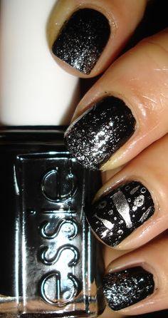 My Chihuahua Bites!: The Sunday Nail Battle : New Years Nails! nails | #nailedit #nails #manicure #love #nailpolish  #