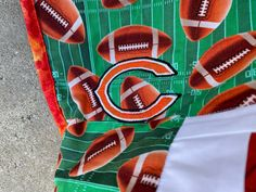 """Chicago cotton quilt 55""""x 62"""" fabric both sides Picnic / travel with 2 pillows Quilted Gifts, Amish Quilts, Quilts For Sale, Custom Quilts, Christmas Presents, Baby Quilts, Chicago Football, Chicago Bears, Wedding Gifts"""