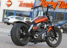 Dyna Thunderbike