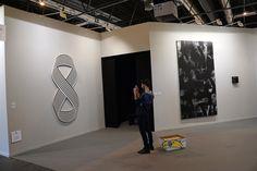 """Loop 8"", Philippe Decrauzat at Parra & Romero #ARCO2017 #FeriaArcoMadrid. #FeriaArte #ArtFair #ArteContemporáneo #ContemporariArt #Art #Arte #Arterecord 2017 https://twitter.com/arterecord"