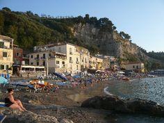 Borgo di Puolo Italy Food, Fishing Villages, Sorrento, Dolores Park, Street View, Travel, Pasta, Italian Foods, Viajes