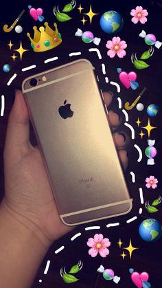 Snapchat Emojis, Snapchat Ideas, Emoji Pictures, Tumblr Fashion, Cute Phone Cases, Iphone, Amish, Mirror, Wallpaper