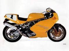 Ducati 900SL in yellow
