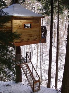 Treehouse Hotel in Spain - Cabanes als Arbres.  Cabanes Als Arbres, Spain