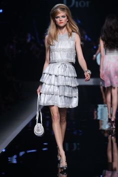 See the complete Christian Dior Resort 2011 collection.