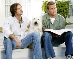 I've totally gotten into 7th Heaven again. And remembered that there is a lot of nice things to look at! :D