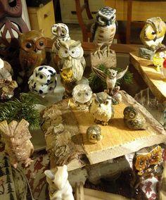 Eulensammlung 1  Jeder hat sicher jemanden im Bekanntenkreis der/die Eulen sammelt!  Eulen nach Athen... Ähm... In den Schwarzwald  #eulen #owl #wohnartistin #sammlung #schwarzwald #decoration #dekoration #sammelleidenschaft #eule #antiquitätenkaiser #titisee-neustadt #blog
