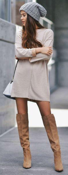 Simple t-shirt dress + over the knee boots + perfect way + dress down + everyday spring style + sopistication + beanie + Paola Alberdi  Dress: Zara, Shoes: Carolina Herrera.