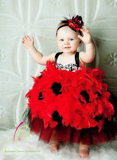 I LOVE THIS.... I need a little girl!!!!!!!!!!  Maybe I can convince Justin in a couple years:D