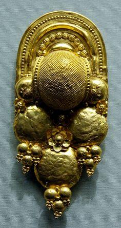 Earring Etruscan