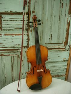 Vintage Violin or Fiddle  Includes Bow by honeystreasures on Etsy