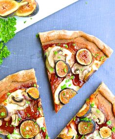Give your homemade pizza a gourmet touch by adding fresh figs. Fig & Mushroom Barbecue Pizza. | www.mybottomlessboyfriend.com