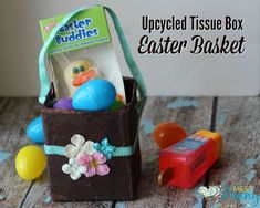 Upcycle a tissue box into a homemade Easter Basket. This easy tutorial will be a fun Easter project for parents and children to share. Makes a cute Easter gift. Homemade Easter Baskets, Easter Baskets To Make, Easter Projects, Easter Ideas, Easter Gift, Tissue Boxes, Activities For Kids, Upcycle, Lunch Box